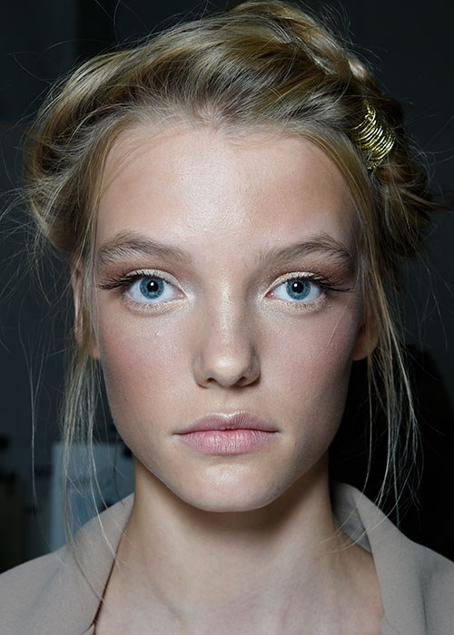 4 Runway Hairstyles To Add To Your Repertoire | BEAUTY/crew