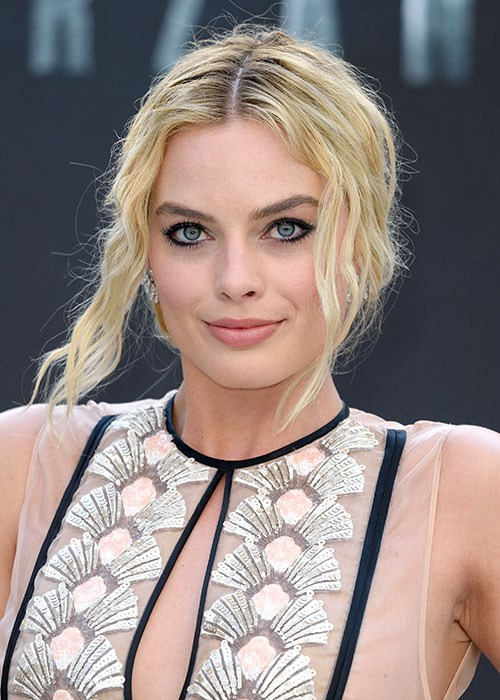 Margot Robbie eye makeup