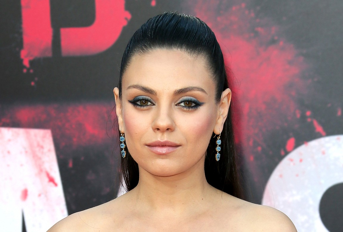 How To Recreate Mila Kunis Twisted Half Up Hairstyle Beautycrew