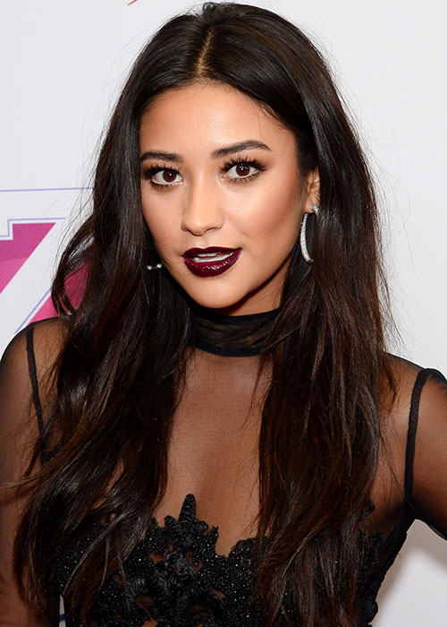 Shay Mitchell naked (23 photo) Paparazzi, Instagram, cameltoe