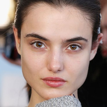 4 easy ways to make your pores look smaller
