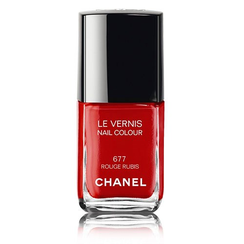 CHANEL Le Vernis Longwear Nail Colour Review | BEAUTY/crew