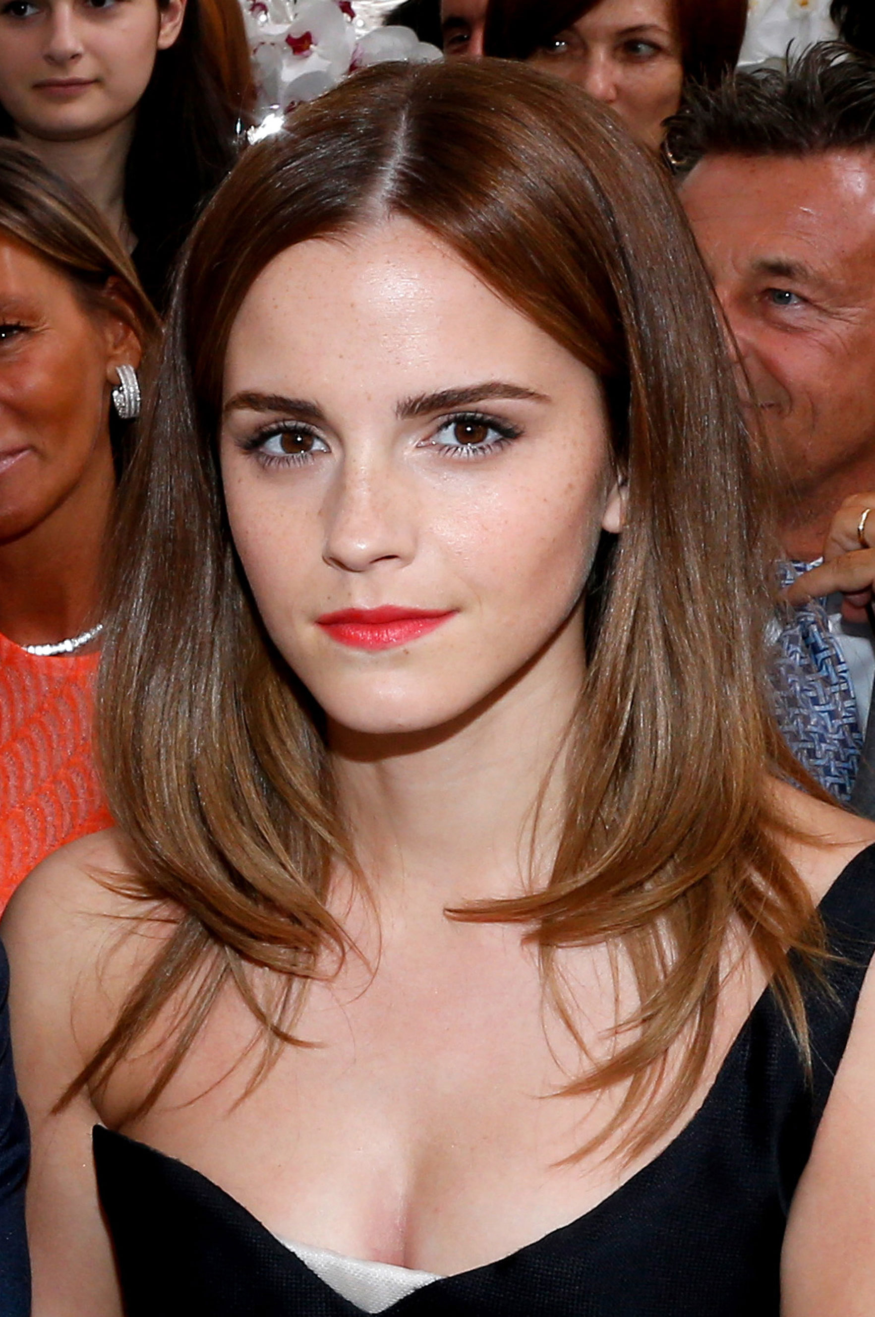 Emma Watson Channels Princess Belle With New Hair Beautycrew