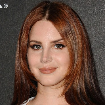 Lana Del Rey shares the unexpected way to use your brow penc…