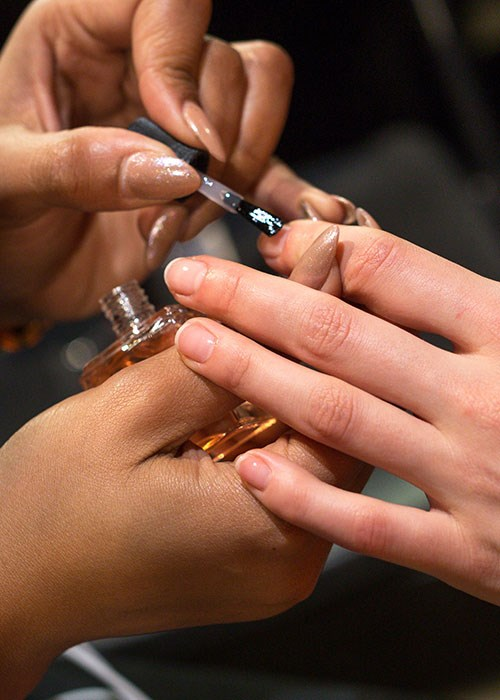 4 Steps To An Express Manicure | BEAUTY/crew