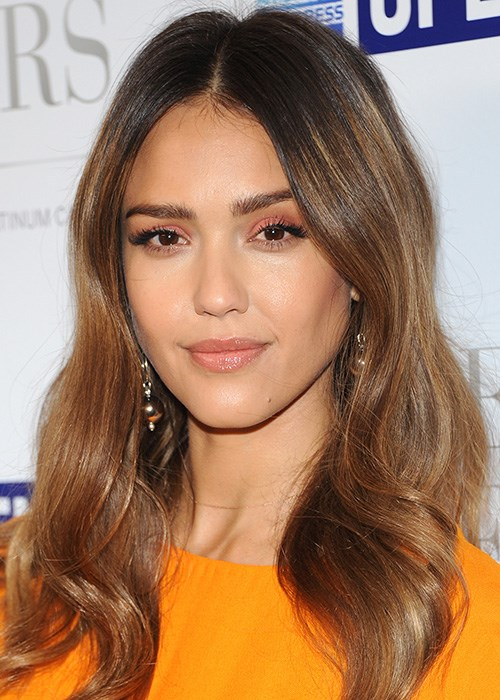 Beauty tricks to shape your face - Jessica Alba