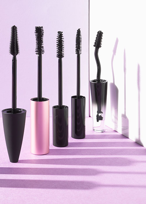 2b9a52fd36f What The Shape Of Your Mascara Brush Means | BEAUTY/crew