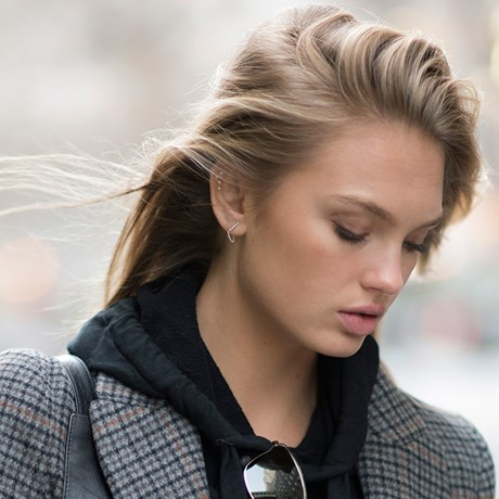 Body Care Fixes For Your Top Winter Skin Woes - Romee Strijd