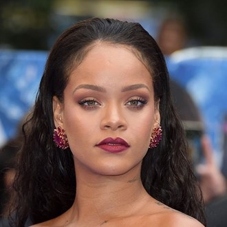 /media/22457/rihanna-fenty-beauty-s.jpg