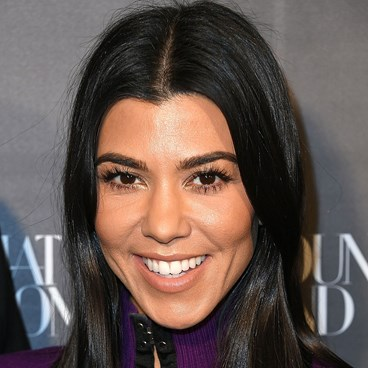 Flawless Lashes Makeup Guide - Kourtney Kardashian