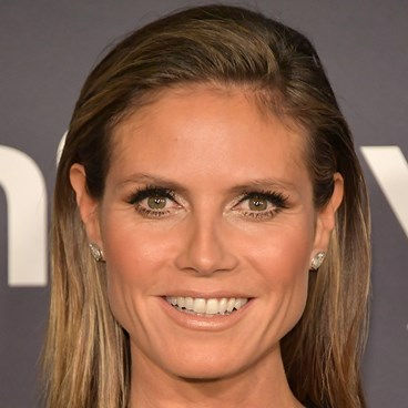 Tricks To Disguise Crow's Feet - Heidi Klum