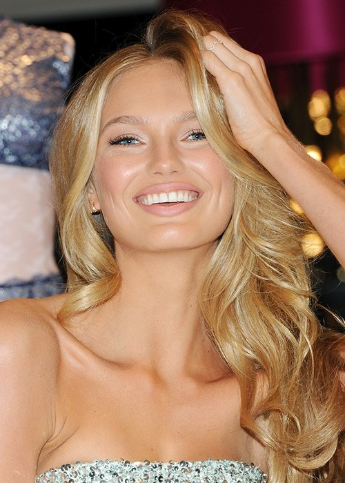 How To Make Your Thin Hair Thicker - Romee Strijd