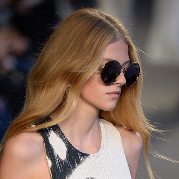 Ways To Give Your Hair A Cool-Girl Edge