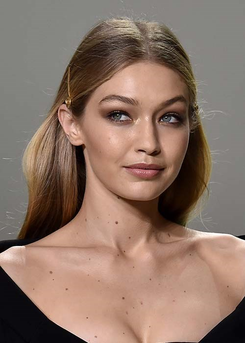 gigi hadid highlighter