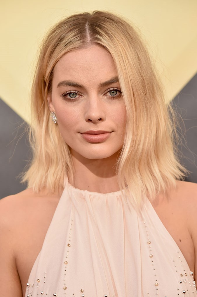 Margot Robbie Wore This Nude Lipstick At SAG Awards  BEAUTY\/crew