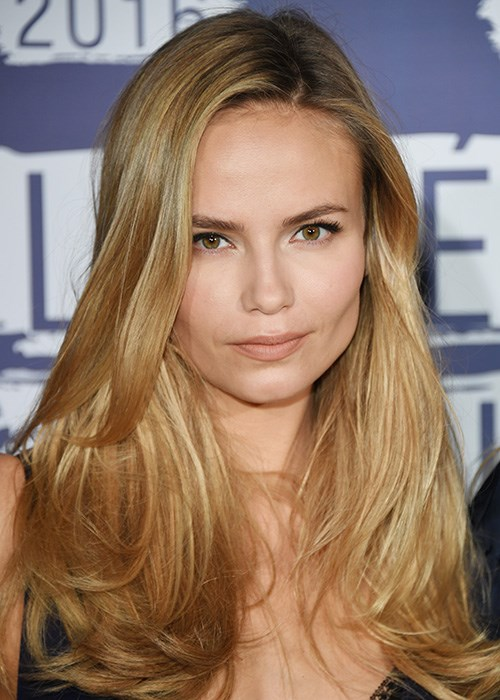 Nifty Hair Tricks To Add More Volume - Natasha Poly