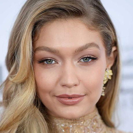 Common Mistakes We Make With Our Brows - Gigi Hadid