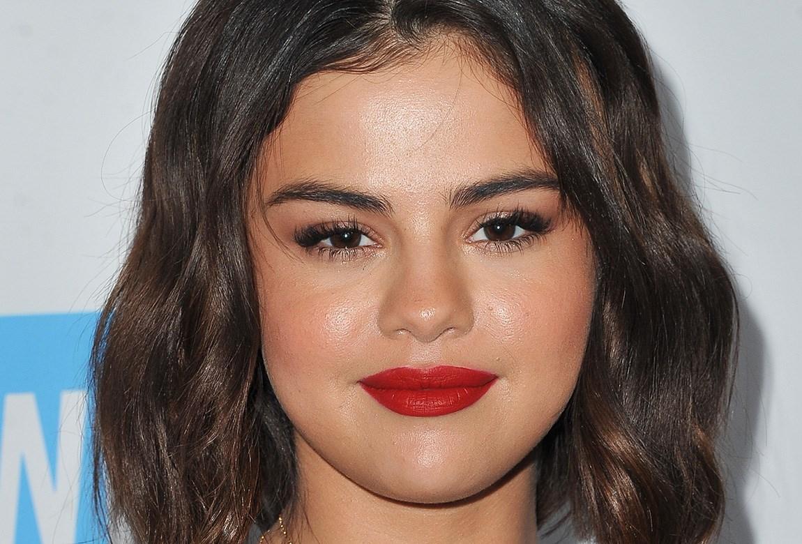 Selena Gomez Just Debuted An Edgy New Undercut Beauty Crew