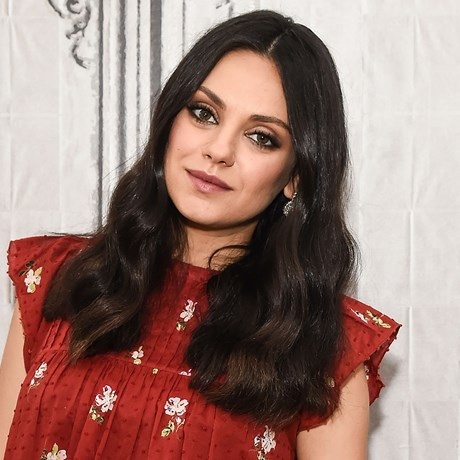 Mila Kunis now has a shoulder-length bob