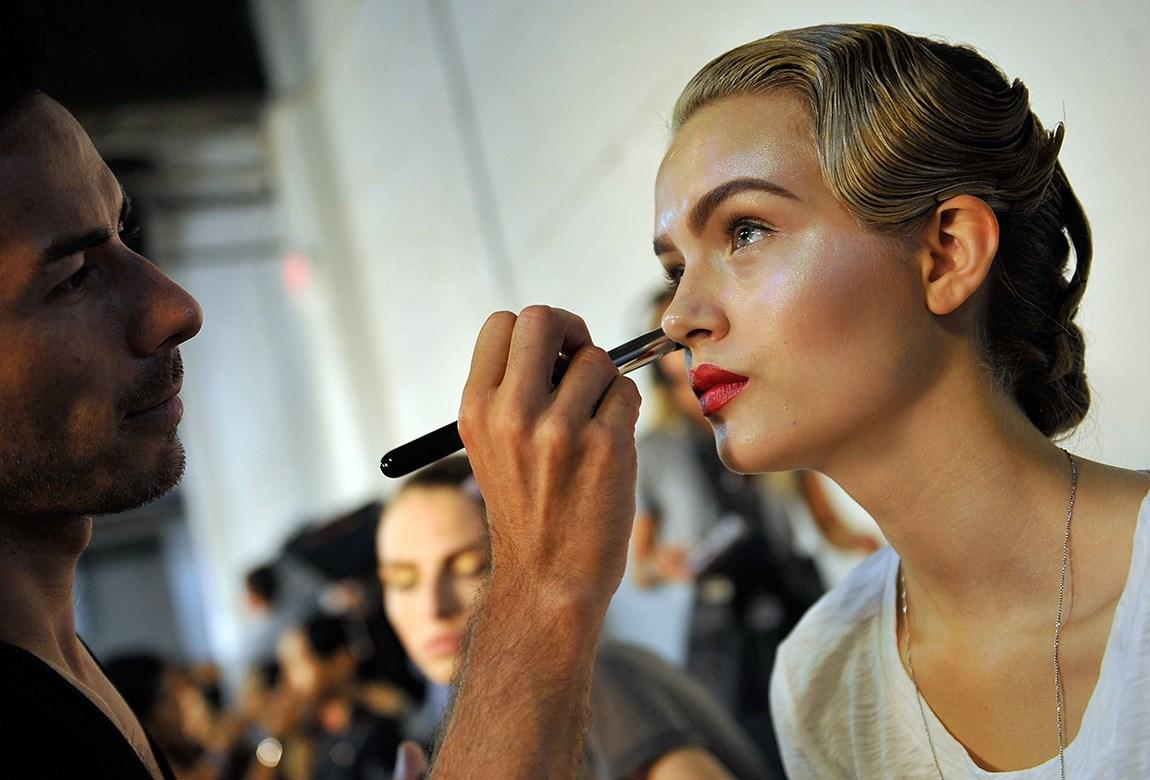 14 Secrets That Professional Makeup Artists Swear By Beautycrew