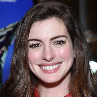 /media/26049/anne-hathaway-how-to-calm-sensitive-skin-s.jpg