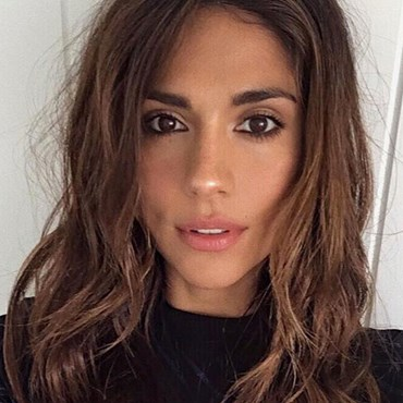 Pia Miller's easy hair styling trick