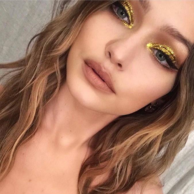 5 Reasons To Try This Gold Eyeshadow Trend Immediately - Gigi Hadid