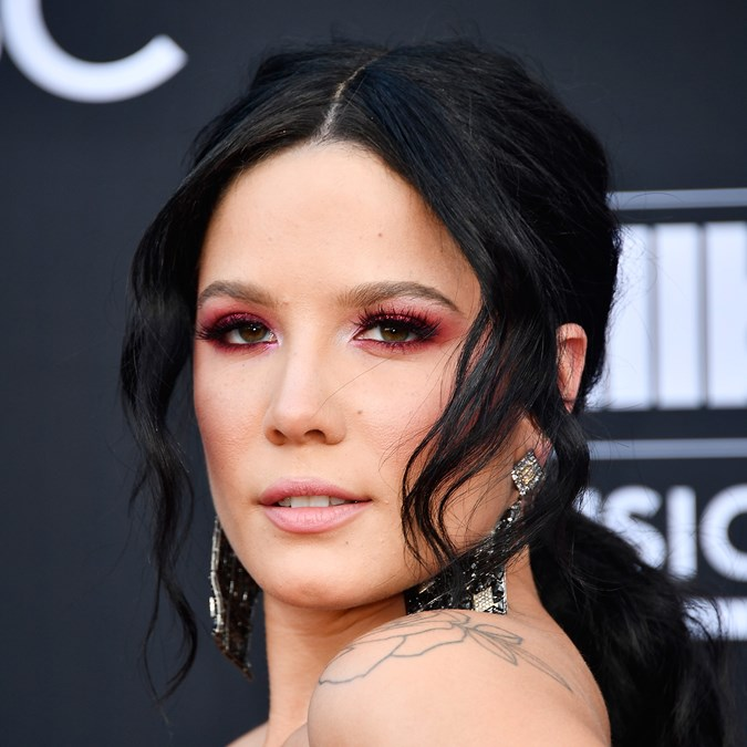 billboard music awards Halsey