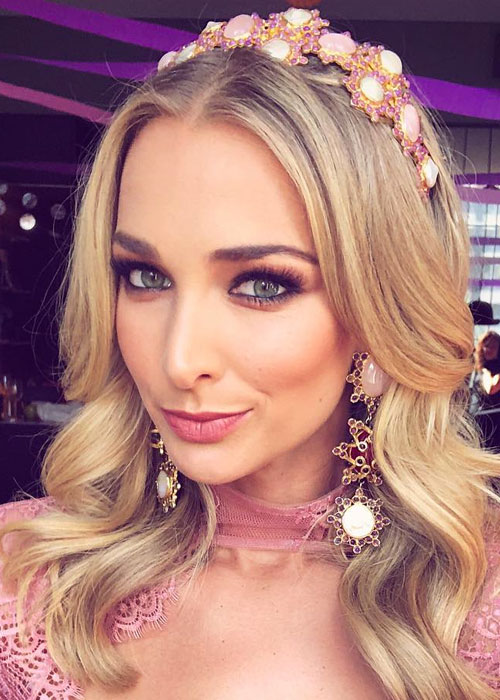Anna Heinrich Just Wore The Most Unexpected Wedding Hairstyle