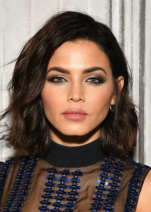 Jenna Dewan's trick for easy beachy waves