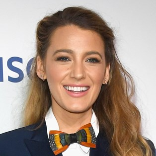 Blake Lively white teeth