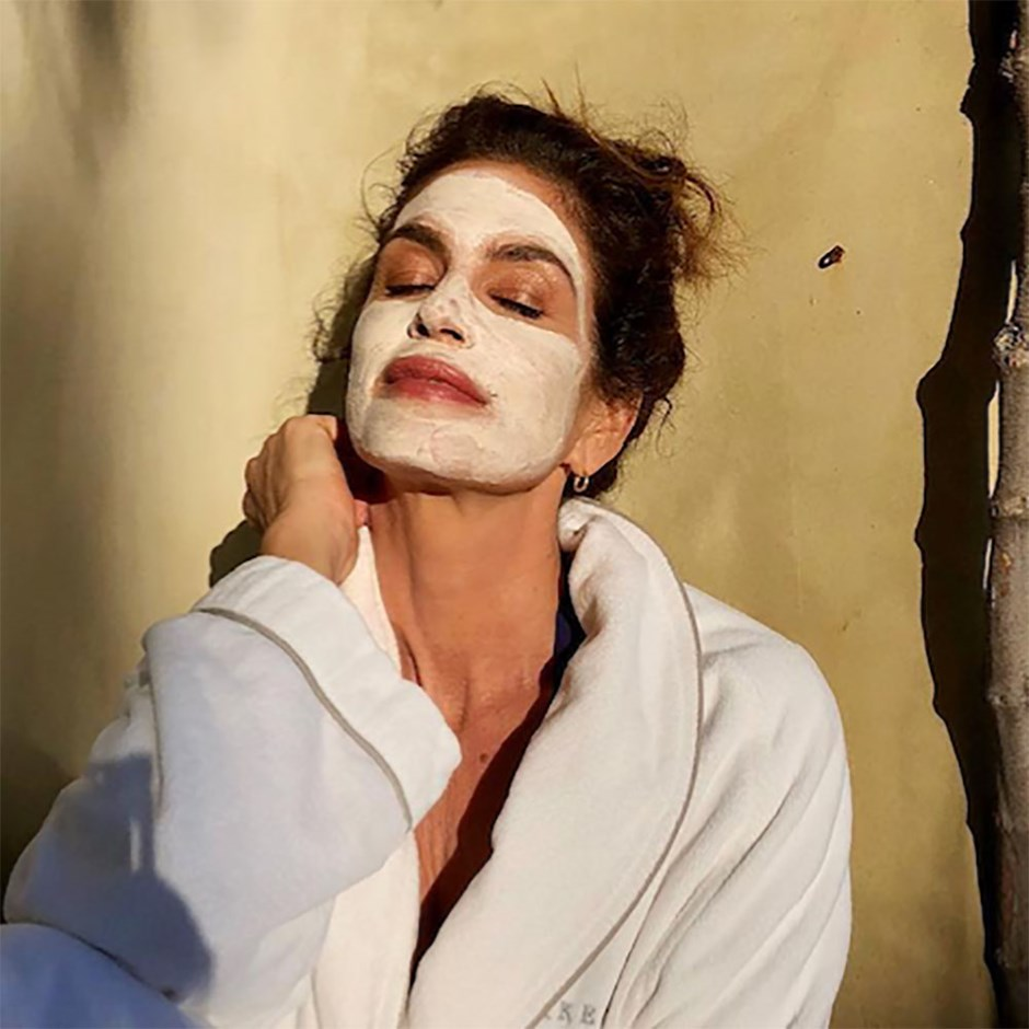 Cindy Crawford face mask