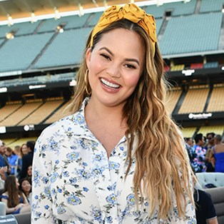 Chrissy Teigen shares powerful post-baby body snap