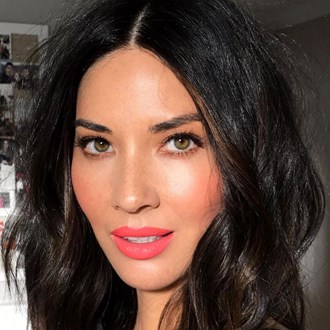 /media/27372/olivia-munn-best-foundation-glowing-skin_square.jpg