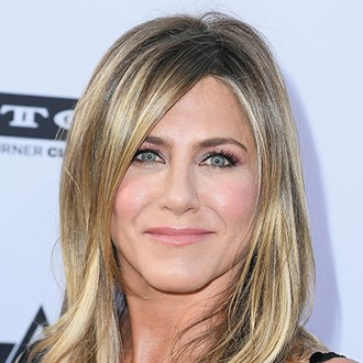 /media/27454/jennifer-aniston-favourite-lip-liner_s.jpg