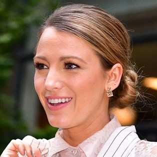 Blake Lively's trick for flawless makeup