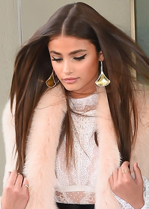 How to Grow Your Hair Fast - 6 Fast Hair Growth Tips | Taylor Hill