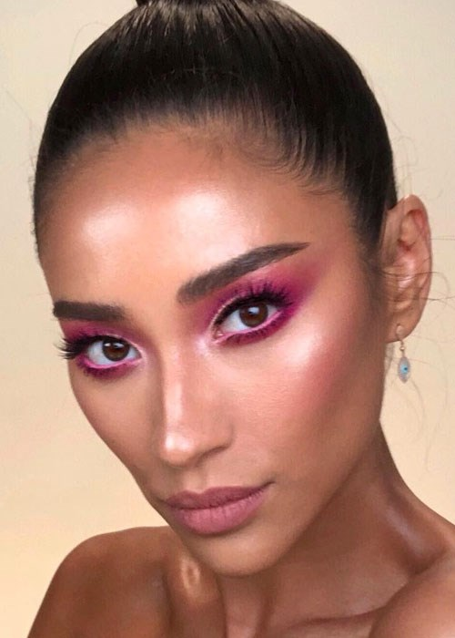 Pink Eyeshadow Tutorial: Shay Mitchell And Patrick Ta Share An Epic Makeup Tutorial