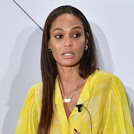 Joan Smalls beauty fail NYFW