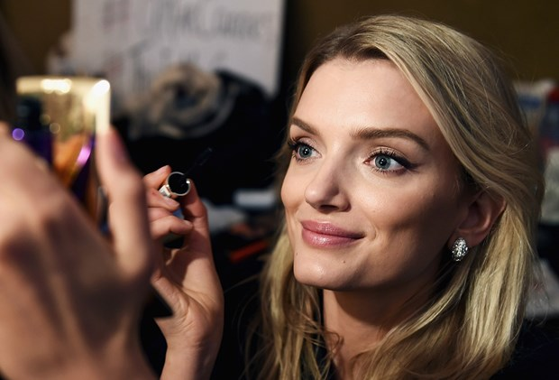Best Mascaras Reviewed - Lily Donaldson