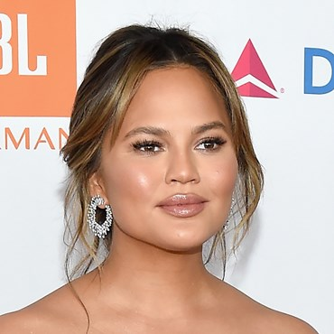 Chrissy Teigen collagen