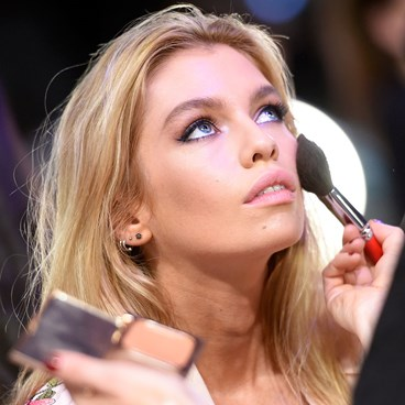 Best Makeup Brushes Australia - Devon Windsor