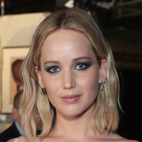 Jennifer Lawrence hair cut