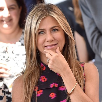 /media/28578/jennifer-aniston-skin-care-habits-s.jpg