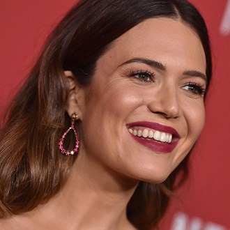 /media/28783/best-long-lasting-lipsticks-australia-mandy-moore-s.jpg