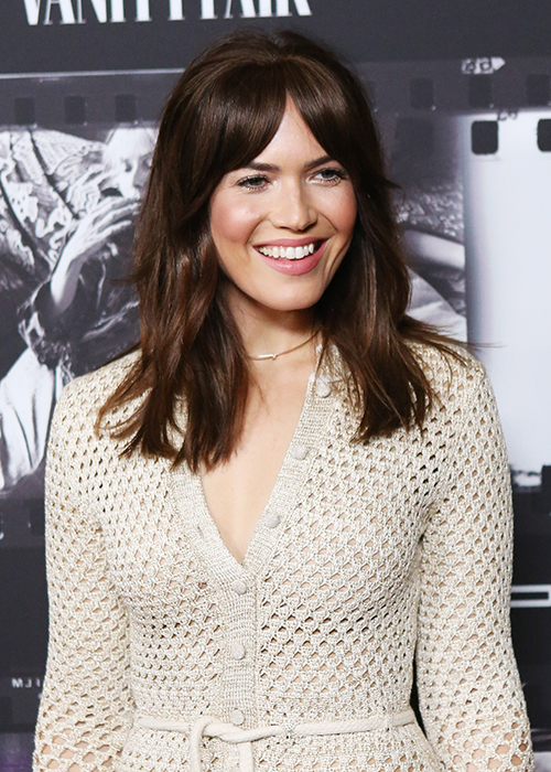 Copy Mandy Moore S Curtain Fringe With Zero Commitment Beauty Crew