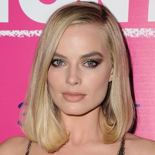 Best Eyeshadow Palettes in Australia - Margot Robbie