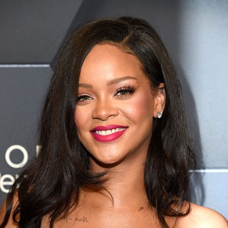 /media/29203/rihanna-no-makeup-s.jpg
