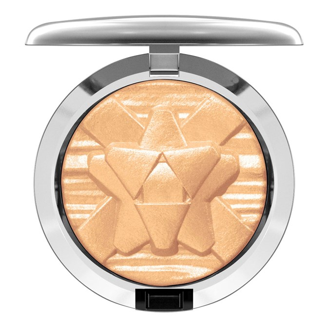 MAC Cosmetics Oh, Darling Extra Dimension Skinfinish