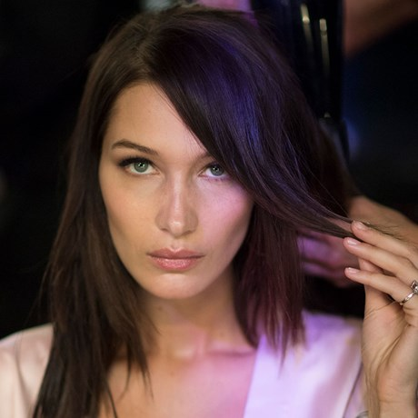 Best Hair Straightening Brushes - Bella Hadid